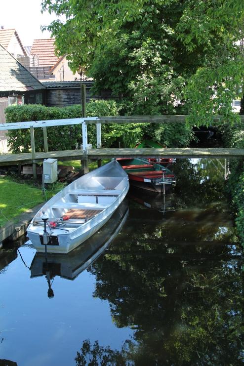 GiethoornboatReflect_1440